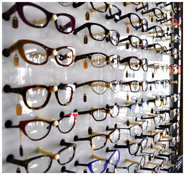 Large Akron eyeglasses frame selection
