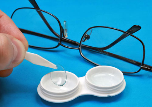 Contact lenses for people who wear glasses